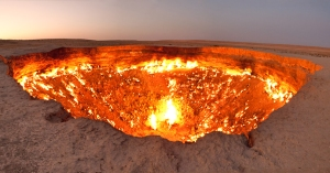 """Door to Hell,"" Derweze, Turkmenistan https://www.flickr.com/photos/tormods/6269124988/"